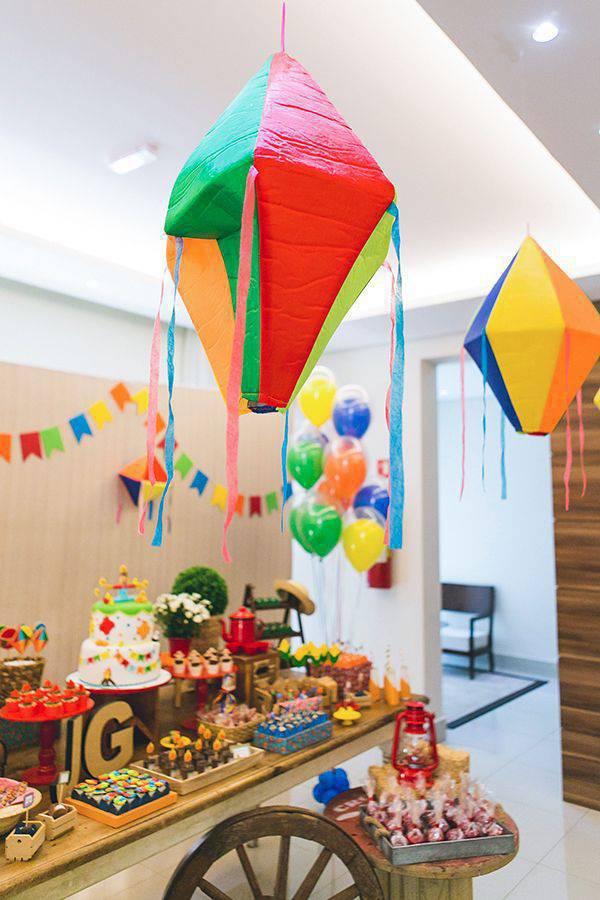 balão de festa junina aniversário