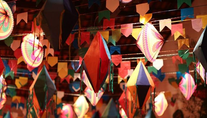 balão de festa junina colorido