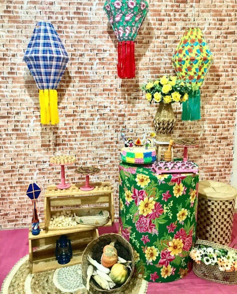 balão de festa junina estantes