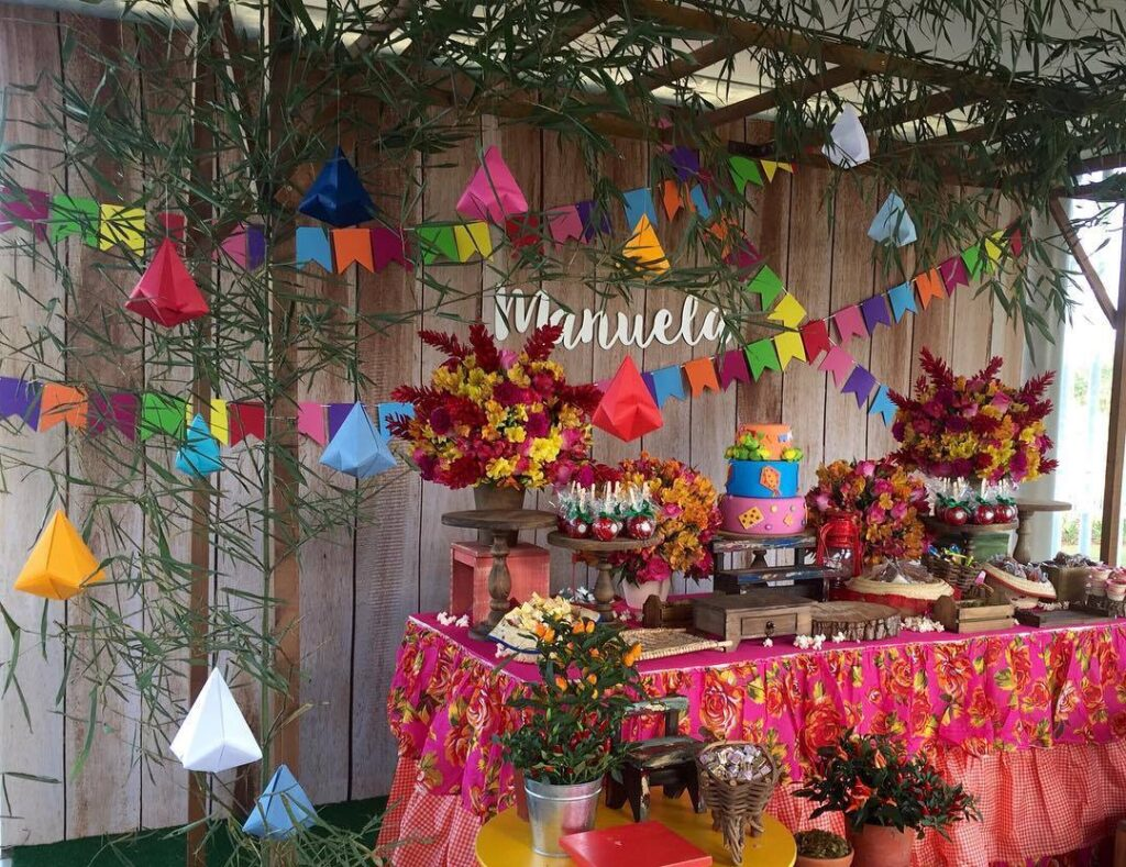 balão de festa junina festinha