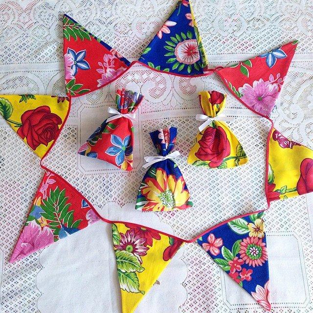 bandeirinhas para festa junina de chita