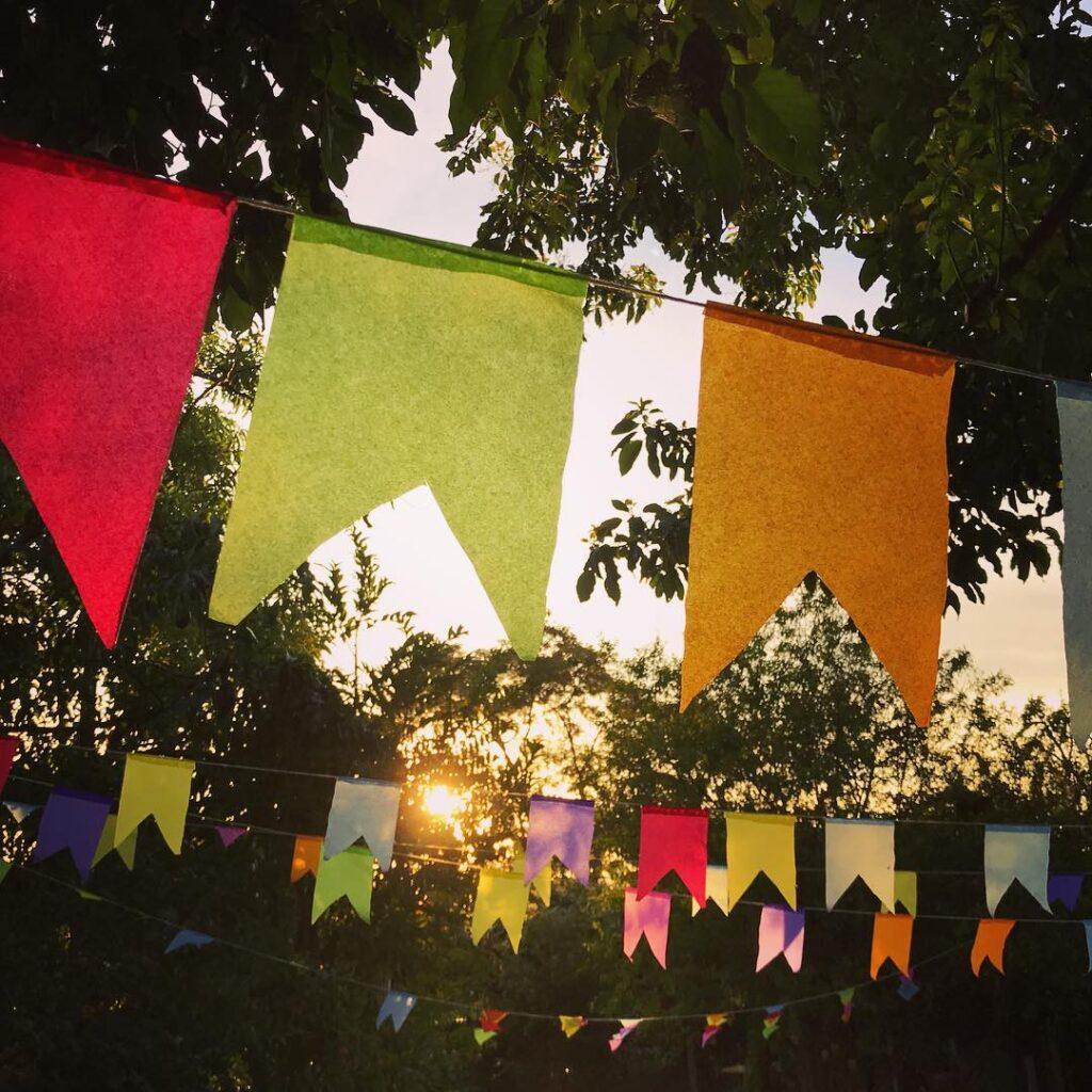 bandeirinhas para festa junina papel de seda